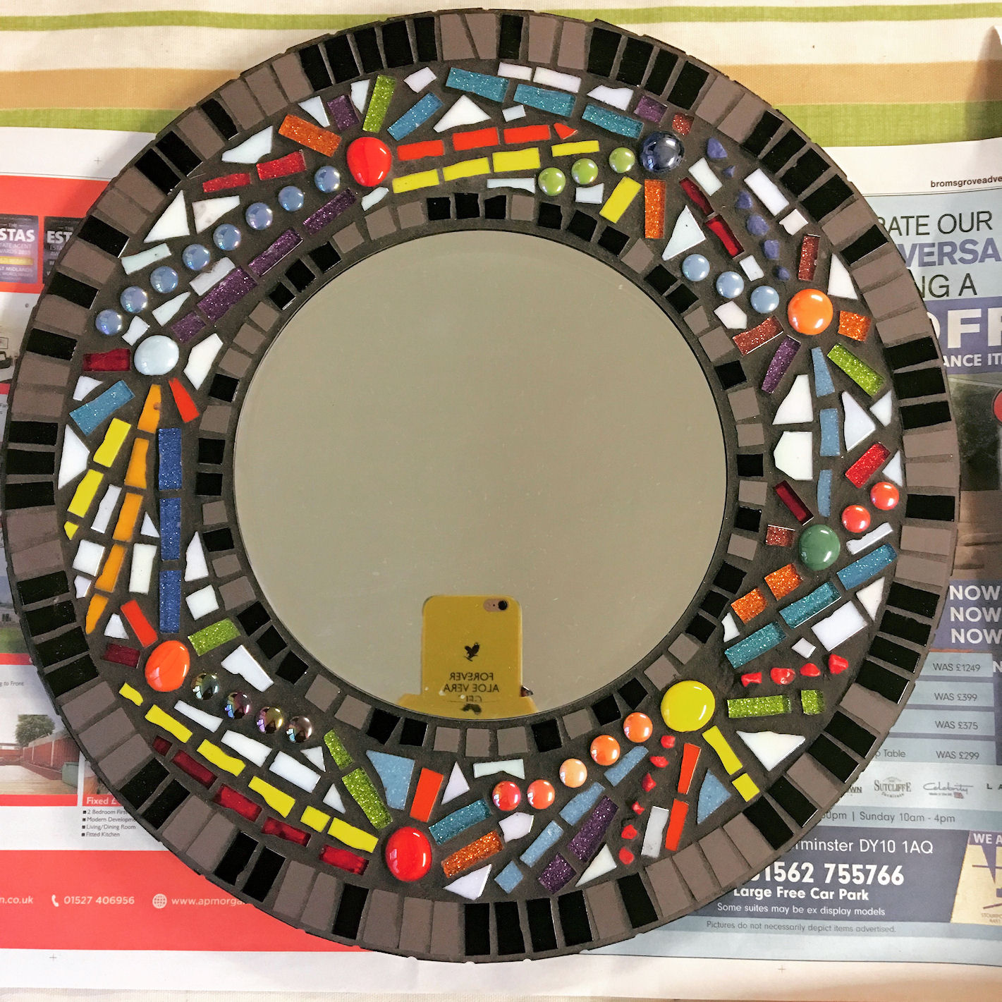 mirror-abstract-mosaic