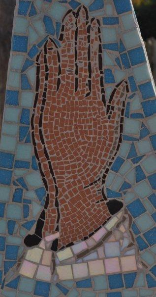 Prayer mosaic symbol